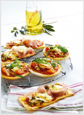 Merci Chef – Mini pizza de chèvre com champignons e presunto cru