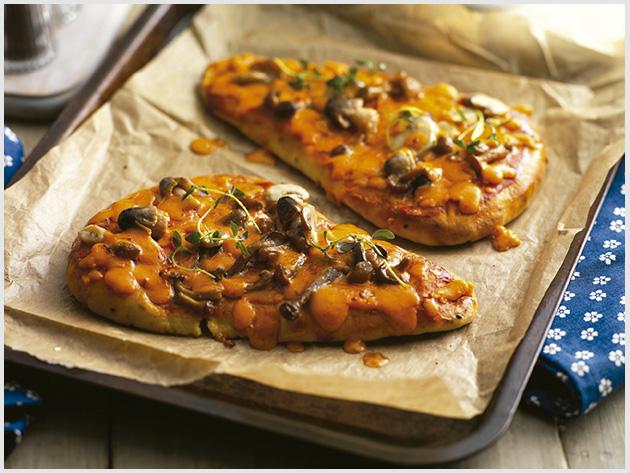 Joseph Heler – Pizza de pão sírio com queijo Red Leicester